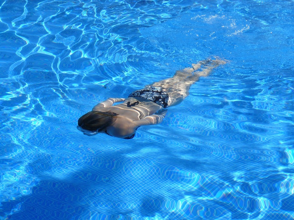 Brustschwimmen lernen